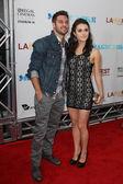 Ryan Guzman und Kathryn Mccormick kommen bei Warner Bros Premiere — Stockfoto
