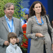 Bob Krammer, Pam Shriver and Pam's son George attend Farmers Classic — Stock Photo #14371121
