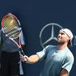Ilija Bozoljac of Serbia vs Robby Ginepri of USA play a match — Stock Photo