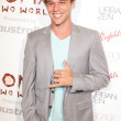 Australian actor Lincoln Clay Lewis arrives at the Nomad Two Worlds Los Angeles gala at 59 Pier Studios West — Stock Photo