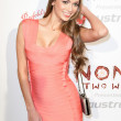 Model Jessica Dykstra arrives at the Nomad Two Worlds Los Angeles gala at 59 Pier Studios West — Stock Photo