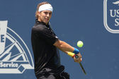 Lukas lacko et ernests gulbis jouer un match de football — Photo