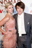 Paydin Lopachin and Drake Bell arrive at the Nomad Two Worlds Los Angeles gala at 59 Pier Studios West — Stock Photo