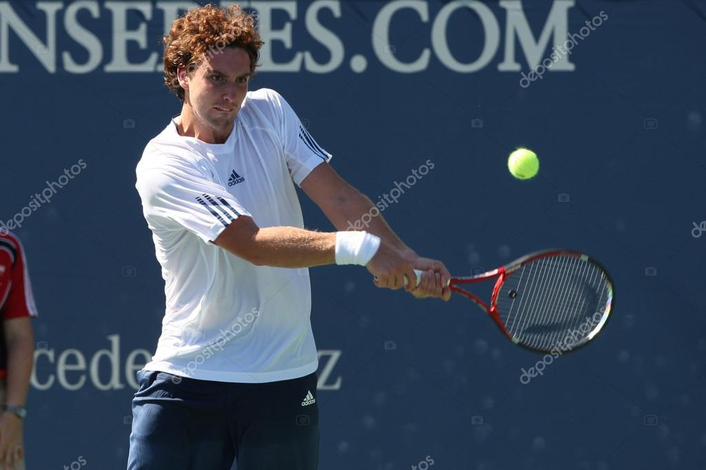 LOS ANGELES, CA. - JULY 29: Alejandro Falla of Columibia and Erenests Gulbis of Latvia (pictured) play a match at  the 2010 Farmers Classic on July 29 2010 in Los Angeles. — Stock Photo #14371993