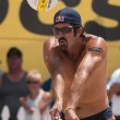 Todd Rogers playing volleyball — Stock Photo