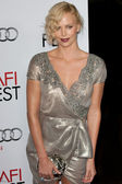 Charlize Theron attends the film premier — Stock Photo