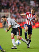 Jesse Marsch and Pablo Vitti fight for the ball during the match — Stock Photo