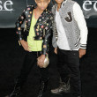 Willow Smith and Jaden Smith attend Twilight SagEclipse Los Angeles premiere — Stock Photo #14899685
