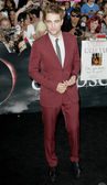 Robert Pattinson attends The Twilight Saga Eclipse Los Angeles premiere — Stock Photo