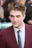 Robert Pattinson attends The Twilight Saga Eclipse Los Angeles premiere — Stok fotoğraf