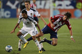 Juninho, Michael Stephens and Alan Gordon in action during the game — Stock Photo