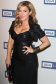 Actress Lisa Ann Walter attends the UCLA Longevity Center's 2012 ICON Awards — Stock Photo