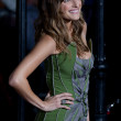 Lake Bell arrives at the Paramount Pictures premiere of No Strings Attached — Stockfoto