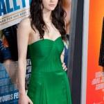 Alexandra Daddario arrives at the world premiere — Stock Photo