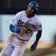 Matt Kemp rounds thrid on his way home during the game — Stock Photo