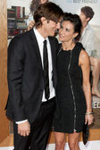 Ashton Kutcher and wife Demi Moore arrive at the Paramount Pictures premiere — Stockfoto