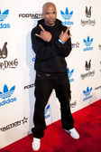 """Darryl """"D.M.C."""" McDaniels arrives at the NBA All-Star Weekend VIP party co-hosted by Adidas and Snoop Dogg — Stock Photo"""