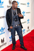 """Kevin """"K-Mac"""" McCall arrives at the NBA All-Star Weekend VIP party co-hosted by Adidas and Snoop Dogg — Stock Photo"""