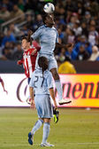Kei Kamara and Ben Zemanski jump for a header during the game — Stock Photo