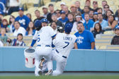Aaron Miles and James Loney collide and drop a pop up during the game — Stock Photo
