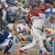 Jimmy Rollins takes a swing during the game — Stock Photo
