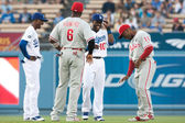 Dee Gordon, Ryan Howard, Tony Gwynn and Jimmy Rollins have a laugh before the game — Stock Photo