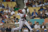 Ryan Roberts takes a swing during the game — Stock Photo