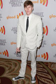 Dustin Lance Black arrives at the 21st Annual GLAAD Media Awards — Stock Photo