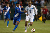 Carlos Castrillo and Jerry Bengtson in action during the game — Stock Photo