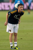 Robbie Keane warms up before the game — Stock Photo