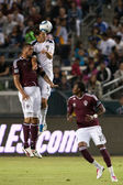 Omar Gonzalez and Caleb Folan fight for a header during the game — Stock Photo