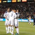 ������, ������: Juninho Pablo Angel and David Beckham celebrates Juan Pablo Angeles goal during the game