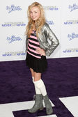PEYTON LIST arrives at Paramount Pictures Justin Bieber: Never Say Never premiere — Stock Photo