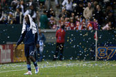 Kei Kamara walkes off the pitch in defeat after the game — Stock Photo