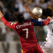 Fabian Espindola  and De La Garza in action during the Major League Soccer game — Stock Photo