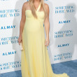Kate Hudson arrives at the Los Angeles premiere — Stock Photo