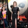 Angelina Jolie arrives at the Los Angeles premiere of Kung Fu Panda 2 — Stock Photo #18457141
