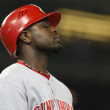 BRANDON PHILLIPS shows his frustration after flying out during the game — Stock Photo