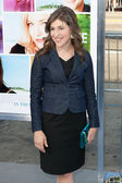 Mayim Bialik arrives at the Los Angeles premiere — Stock Photo