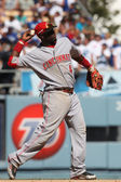 BRANDON PHILLIPS throws to first during the game — Stock Photo