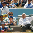 Tommy Lasorda  takes a quick nap before the 7th inning stretch of the game — Stock Photo