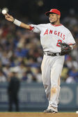 Erick Aybar throws to first during the game — Fotografia Stock