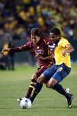 Daniel Alcantar and Jean Beausejour fight for the ball during the InterLiga 2010 match — Stock Photo