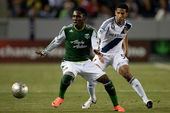 Kalif Alhassan and Sean Franklin during the Major League Soccer game — Stock Photo