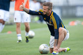 David Beckham warms up before the MLS game — Stock Photo