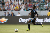 Simon Dawkins in action during the Major League Soccer game — Stock Photo