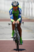 Manuel Quinziato rides his time trial throughout downtown Los Angeles — Stock Photo