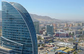 View of Ulaanbaatar (Drama Theatre and the new modern buildings) from a height of 17 floors — Stock Photo
