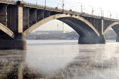 Bridge Communal over the Yenisei river in Krasnoyarsk — Stock Photo