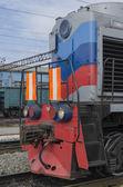 Locomotiva diesel presso la stazione ferroviaria, sludyanka, regione di irkutsk — Foto Stock